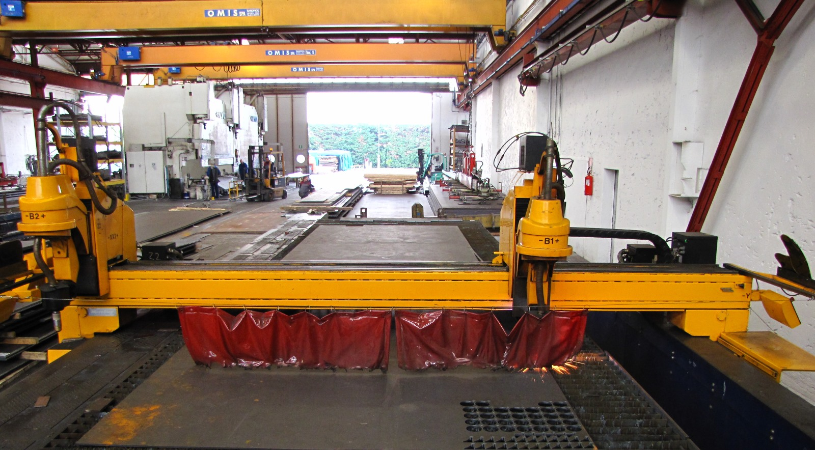 Plasma cutting: for pieces with thicknesses up to 40 mm
